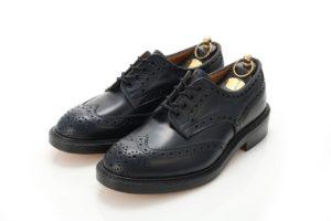 ピシっとした革靴